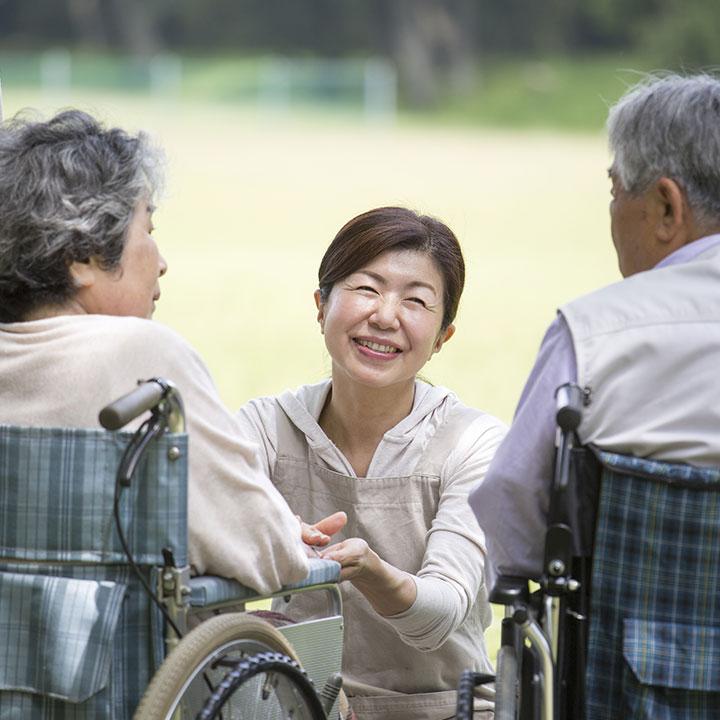 中期や長期なら老人福祉施設
